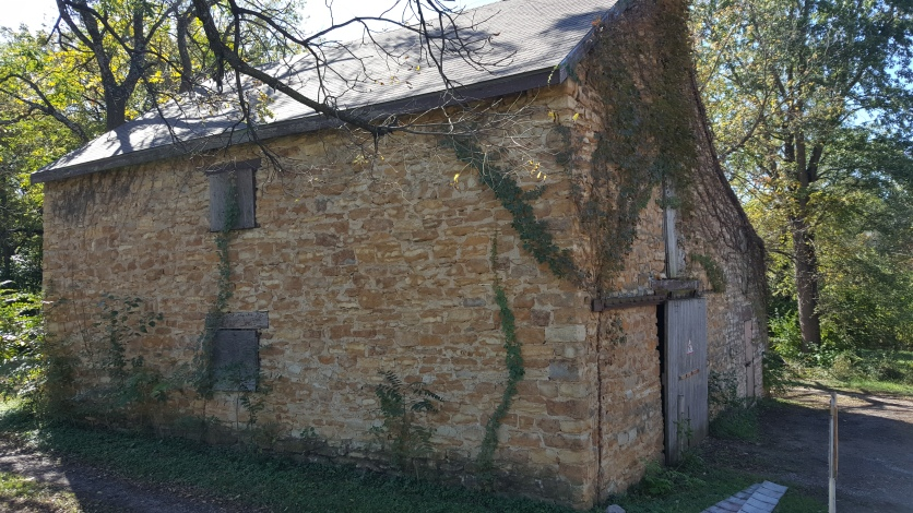 Barn at Topeka Historic Cemetary
